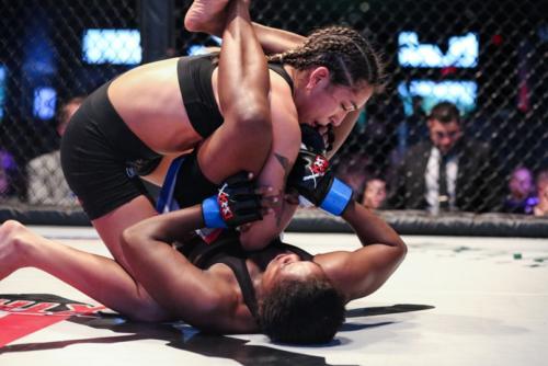 XKOA 11 - Fight 6 - Valerie Soto vs Jackelyn Walker-38